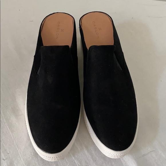 NWOB CASLON Black Suede Mules Shoes  9